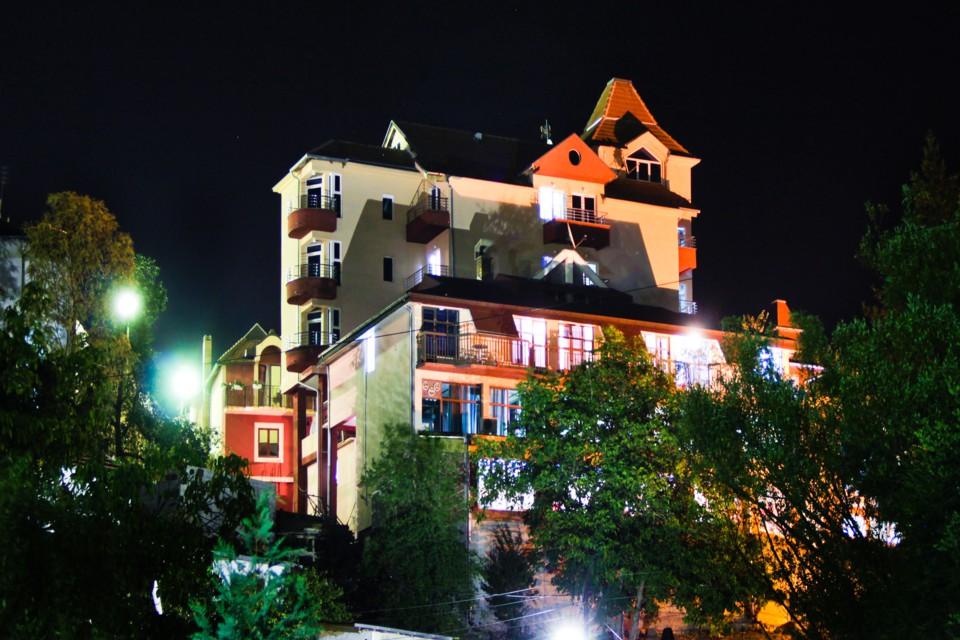 Garetov konak – Prolom banja