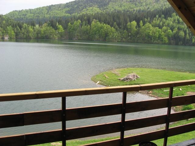 Vikendica na Zlatarskom jezeru – Zlatar