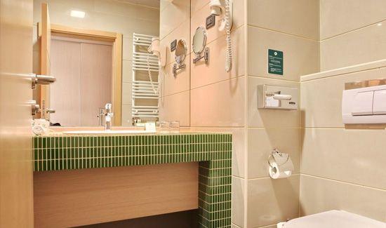 Hotel Holiday Inn Beograd - Kupatilo u sobi