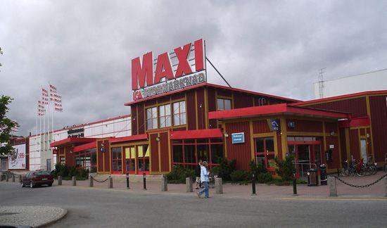 Maxi supermarket